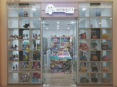 Hobility One Utama Outlet